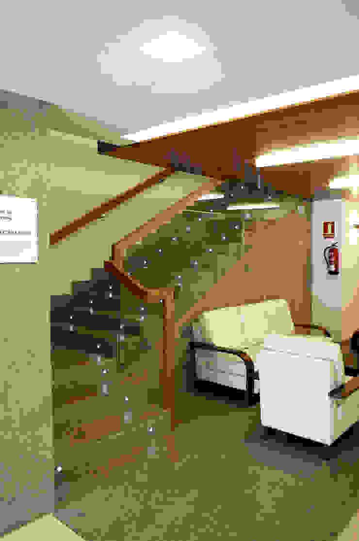 Centro Social Tercera Edad de Intra Arquitectos Moderno