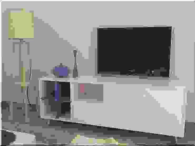 Mueble para televisión Casas de estilo ecléctico de MUMARQ ARQUITECTURA E INTERIORISMO Ecléctico