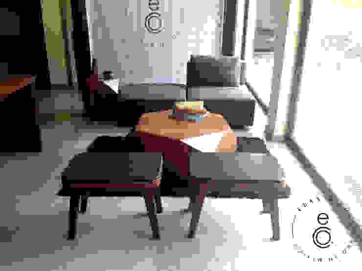 LOBELIA Lounge / LAVA STOOLS de Eban & Co. Moderno