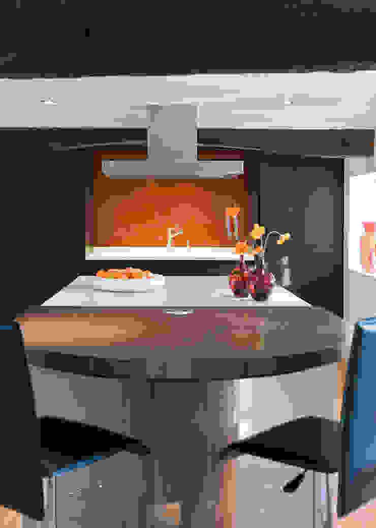 Enduring 現代廚房設計點子、靈感&圖片 根據 Mowlem&Co 現代風