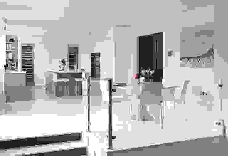 Purity Moderne keukens van Mowlem&Co Modern