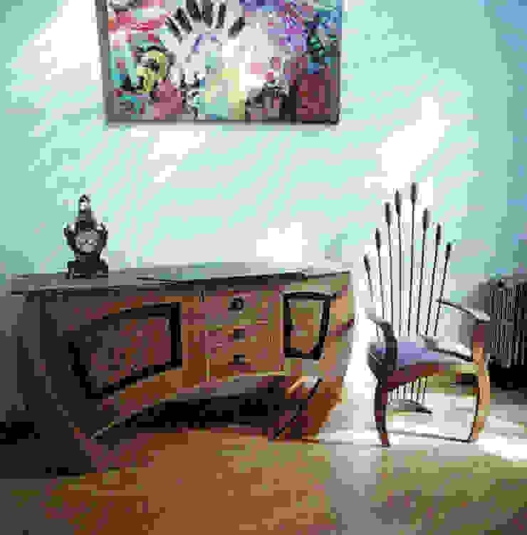 Oak dining suite: modern  by David Arnold Design, Modern