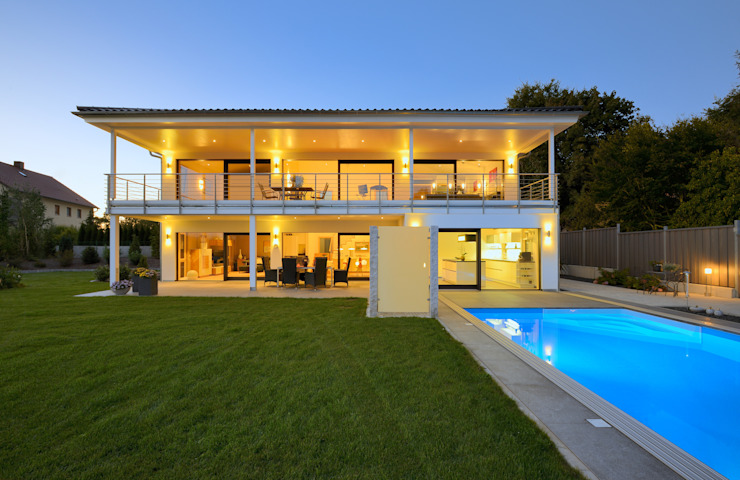 Moderne huizen van Bau-Fritz GmbH & Co. KG Modern