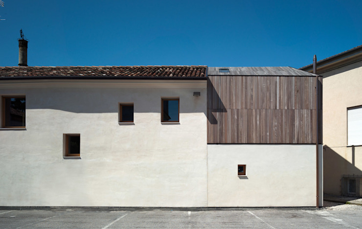 Massimo Galeotti Architetto Modern houses Wood