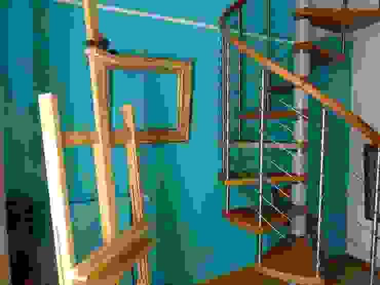 Maison au piano noir Couloir, entrée, escaliers modernes par Agence d'architecture intérieure Laurence Faure Moderne