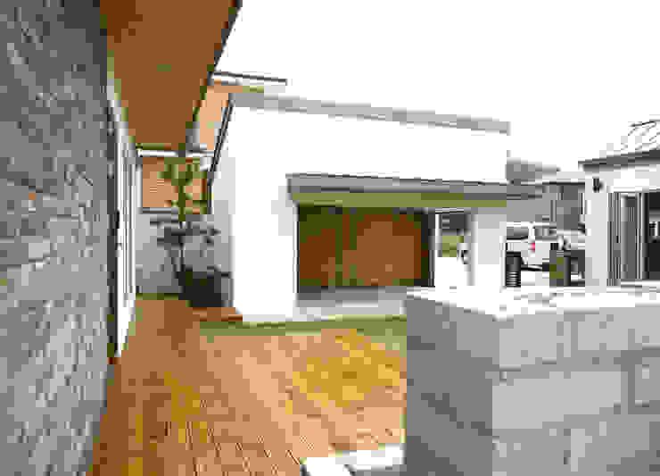 Casas modernas de 삼간일목 (Samganilmok) Moderno