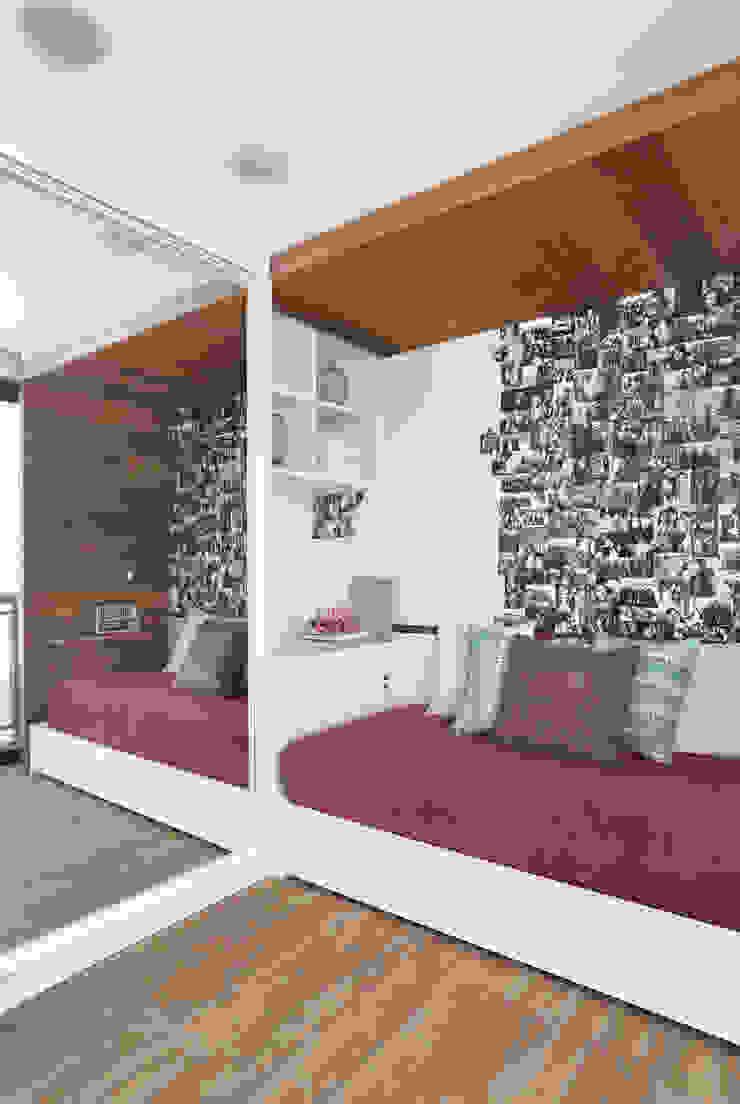 Projeto de decoração de Quarto de menina Quartos modernos por Leila Dionizios Arquitetura e Luminotécnica Moderno