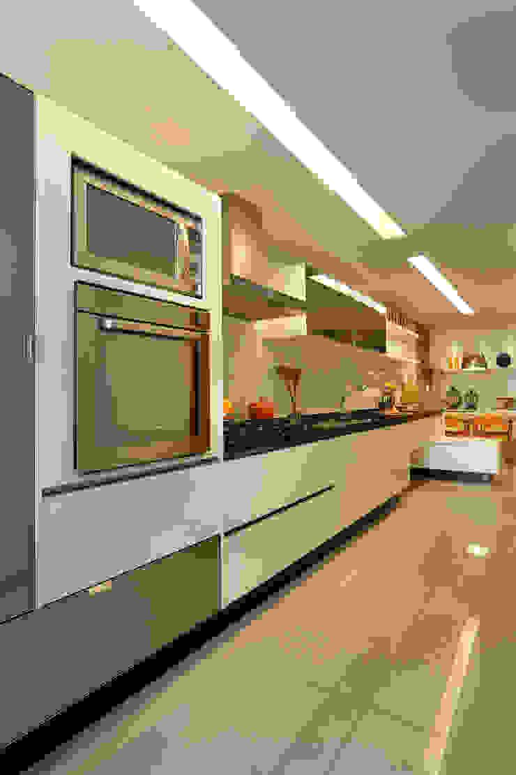 Projeto de Cozinha Cozinhas modernas por Leila Dionizios Arquitetura e Luminotécnica Moderno