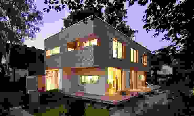 Rumah: Ide desain interior, inspirasi & gambar Oleh Thilo Härdtlein I Fotografie