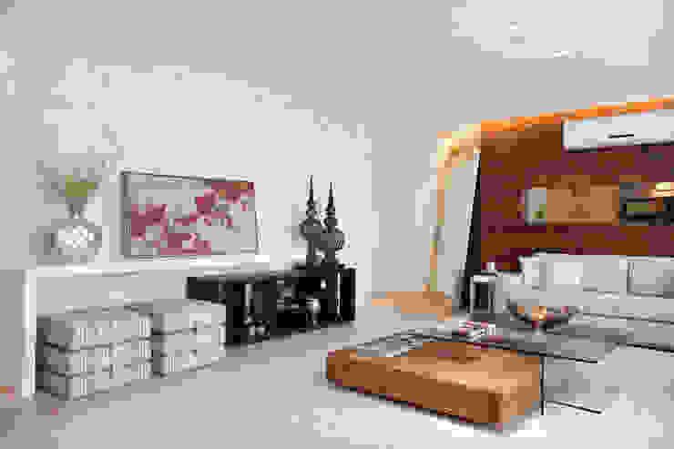 Projeto de decoração de Apartamento Salas de estar modernas por Leila Dionizios Arquitetura e Luminotécnica Moderno