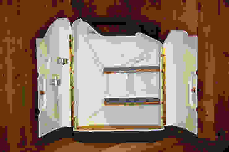 KesselTänk 20 Liter Stauraum: industriell  von Kesselholz Design,Industrial