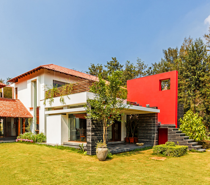 G Farm House Eclectic style houses by Kumar Moorthy & Associates Eclectic