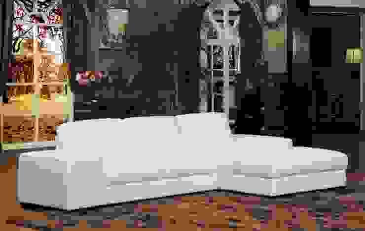 White Leather Sofa: modern  by Locus Habitat,Modern