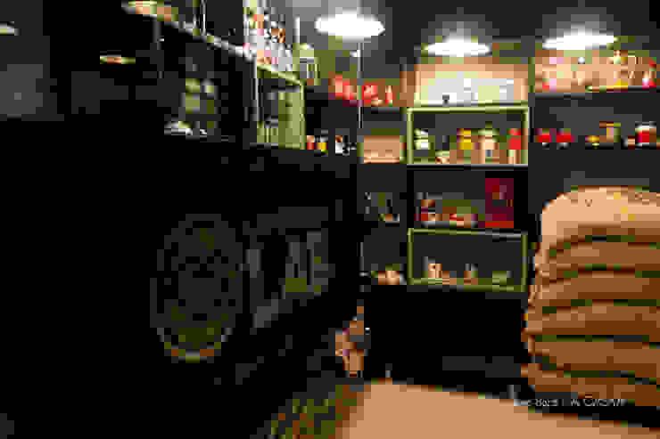 Café Lab Espaços comerciais industriais por Rico Mendonça Industrial