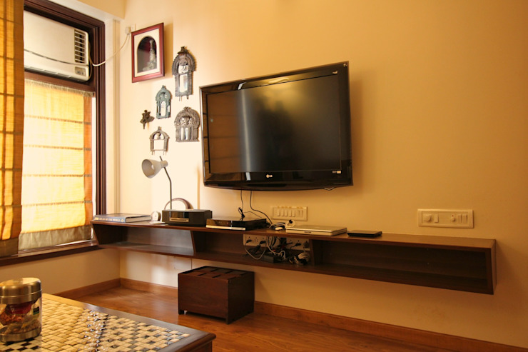 Residence at Yari Road, Versova.: eclectic  by Design Kkarma (India),Eclectic