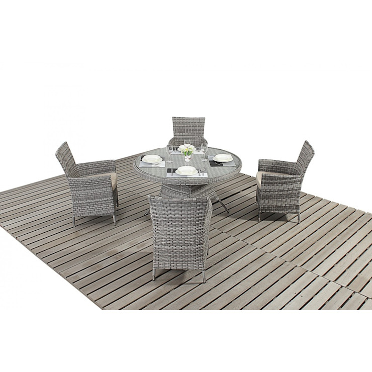 Bonsoni Rustic Round Dining 4 - Includes a Glass Top Circular Table, Four Chairs and a Parasol Rattan Garden Furniture от homify Тропический