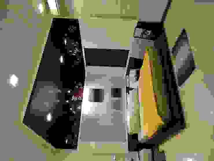 Bedroom For Mr.Varun: modern  by Hasta architects,Modern