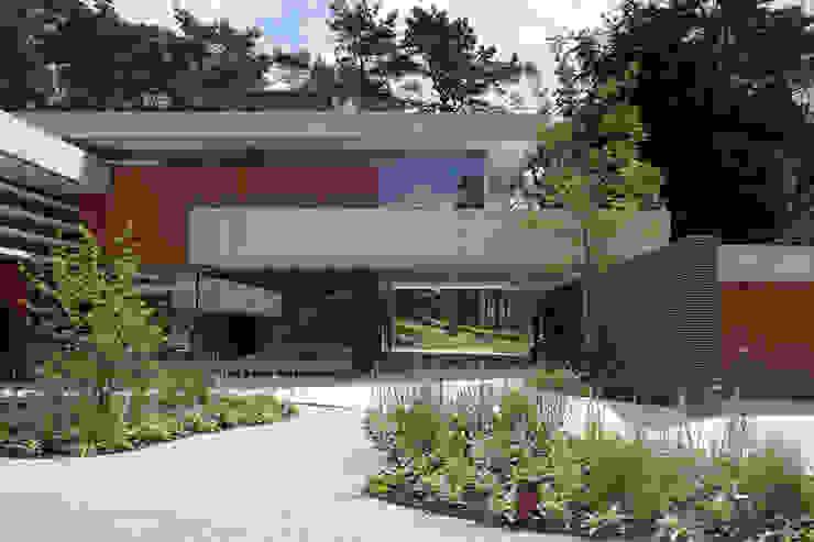 Dune villa Modern houses by HILBERINKBOSCH architecten Modern