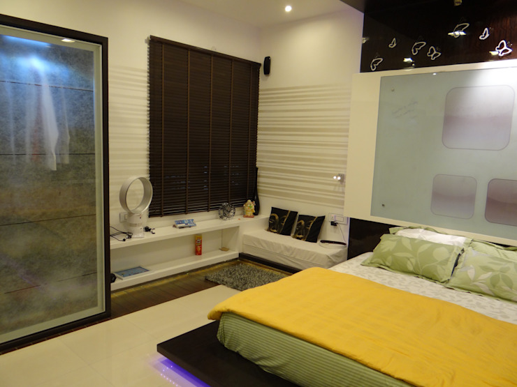 Bedroom For Mr.Varun: modern  by Hasta architects,Modern