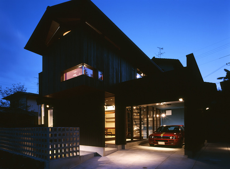 Eclectic style houses by 田中一郎建築事務所 Eclectic