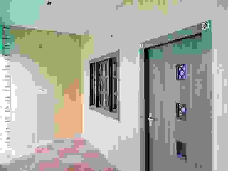 Mini Home Resort Modern walls & floors by Floor2Walls Modern