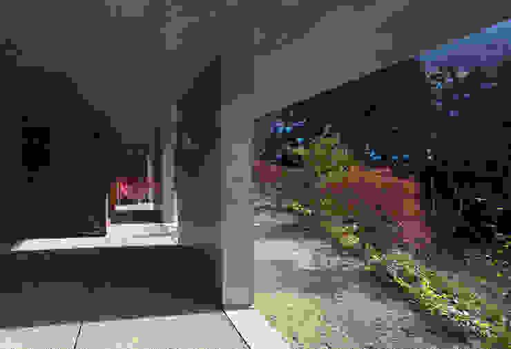 ピロティー モダンスタイルの 玄関&廊下&階段 の TOSHIAKI TANAKA&ASSOCIATES/田中俊彰設計室 モダン