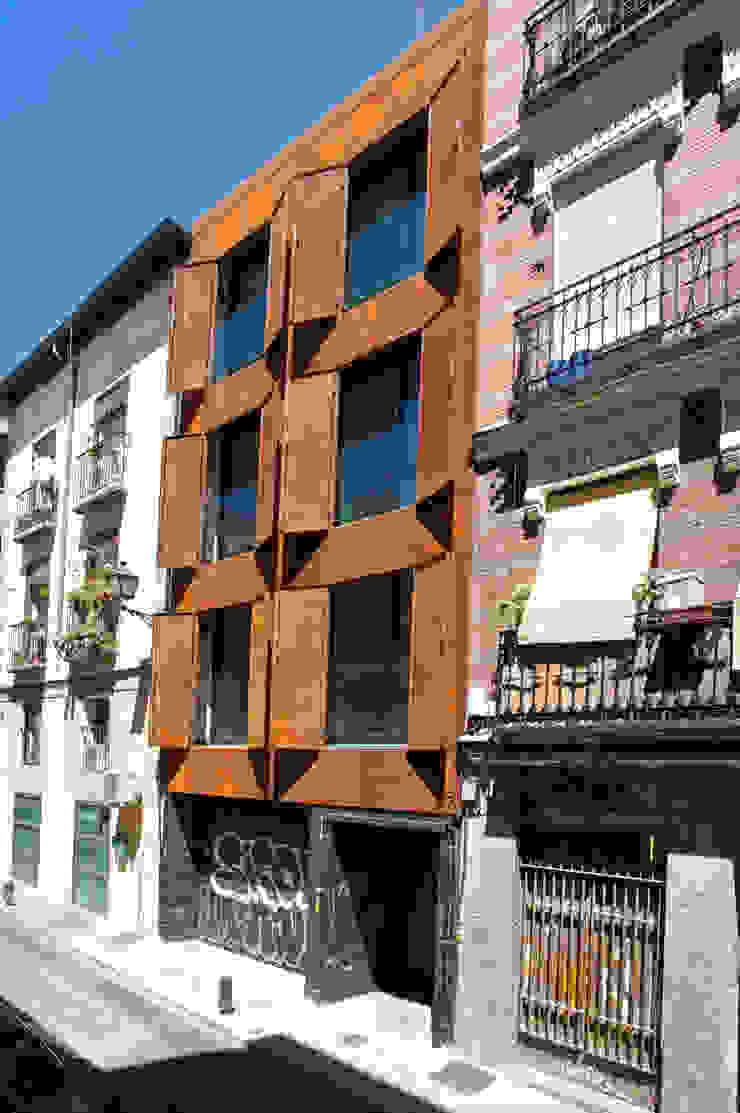 San Vicente Ferrer de James & Mau Arquitectura Moderno