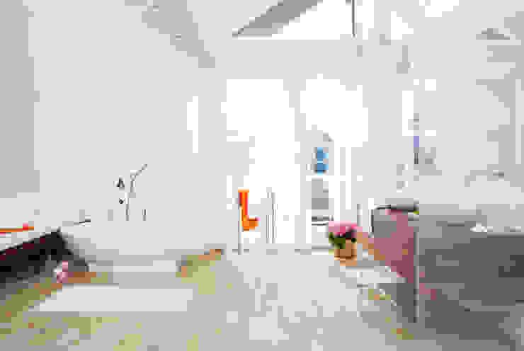 Salle de bain classique par Home Staging Bavaria Classique