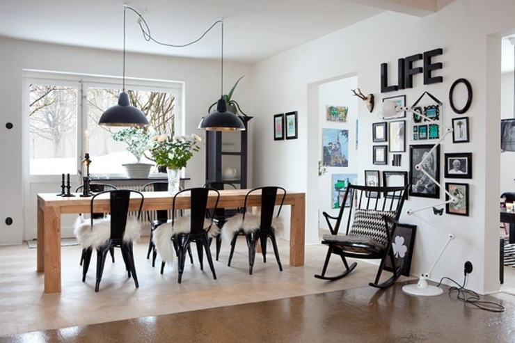 homify Dining roomChairs & benches