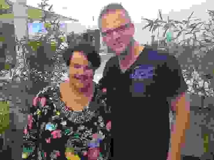 Met Staatssecretaris Sharon Dijksma Mediterrane kantoor- & winkelruimten van GroenRijk Hoveniers Mediterraan