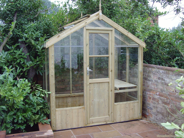 Swallow Kingfisher 6x4 Wooden Greenhouse homify Garden Greenhouses & pavilions