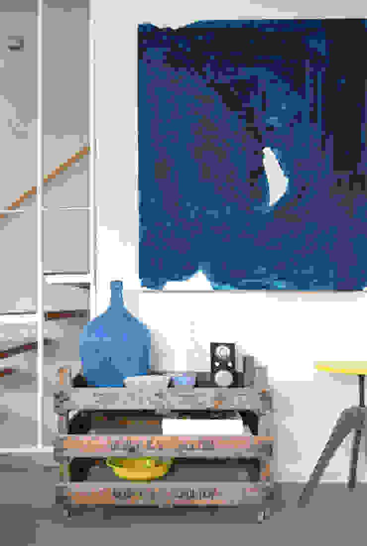 Industrial style corridor, hallway and stairs by Kristina Steinmetz Design Industrial