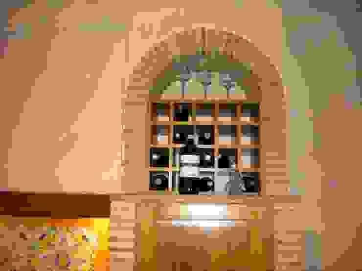 antico casale Case in stile rustico di sandro trani designer Rustico