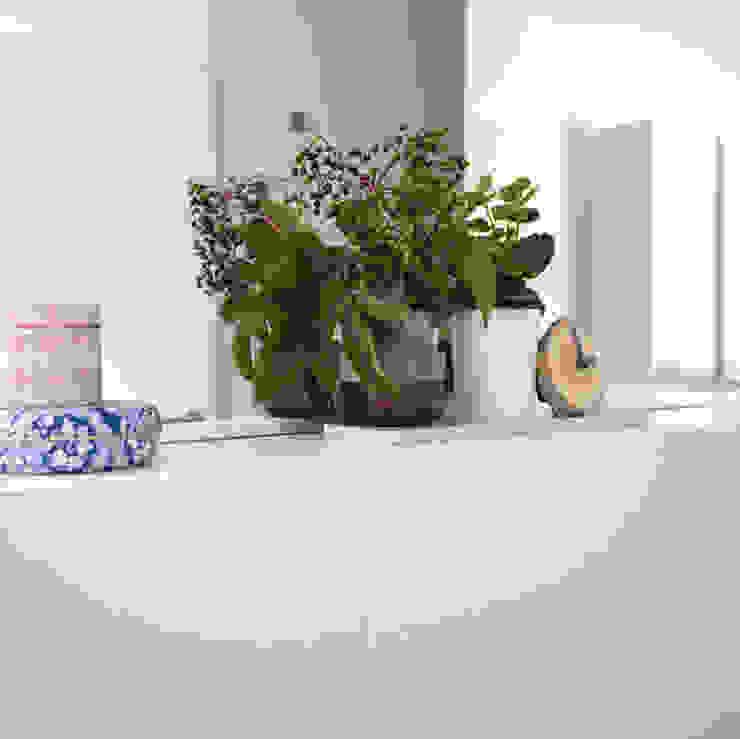 Modern bathroom by Kristina Steinmetz Design Modern