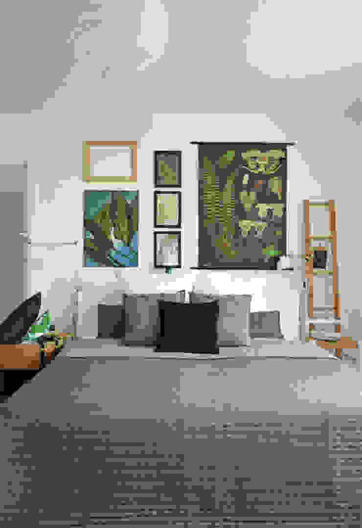 Modern style bedroom by Kristina Steinmetz Design Modern