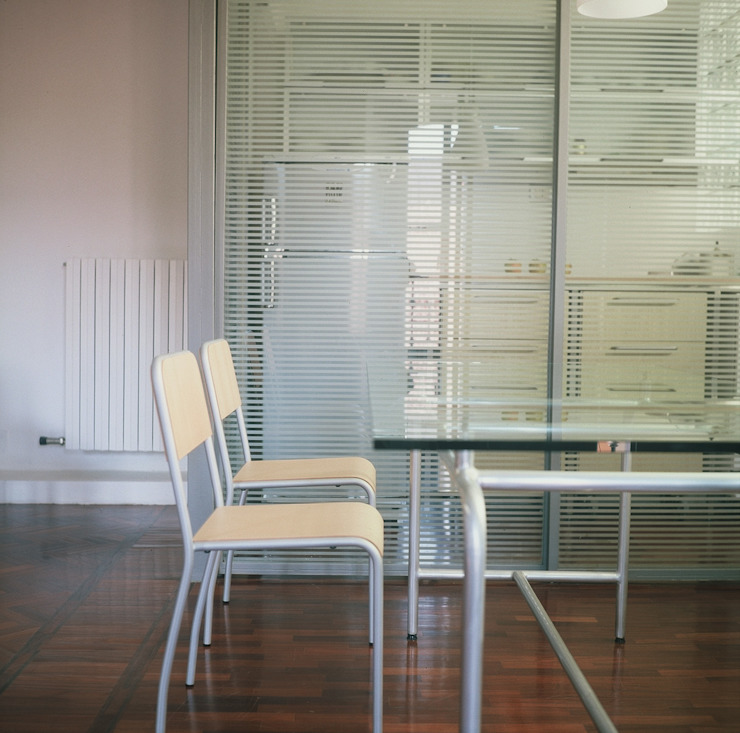 Milano Design Lab: minimalist tarz , Minimalist