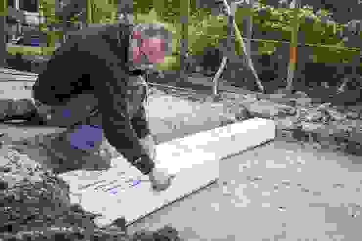 Hydroblob: De eenvoudige regenwater afkoppel- en drainageoplossing! Landelijke tuinen van GroenRijk Hoveniers Landelijk