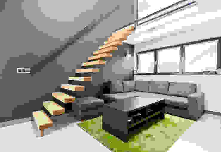 ENDE marcin lewandowicz Corredores, halls e escadas modernos