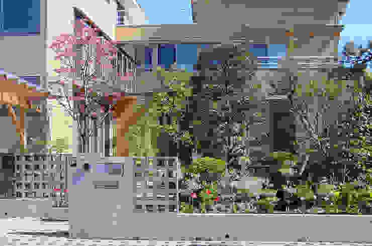 外観(春) オリジナルな 家 の 八島建築設計室 オリジナル