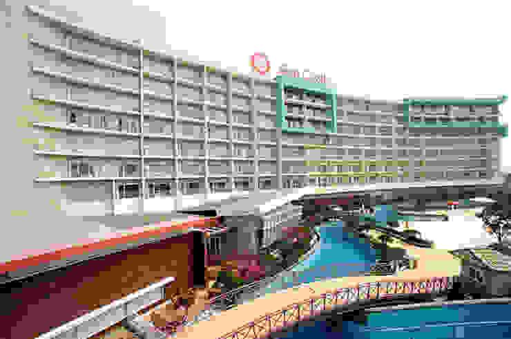 Deoksan Spa Castle I 모던 스타일 호텔 by 나우동인건축사사무소 모던