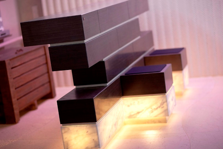 Naturstein und Licht von Ströhmann Steindesign GmbH Ausgefallen