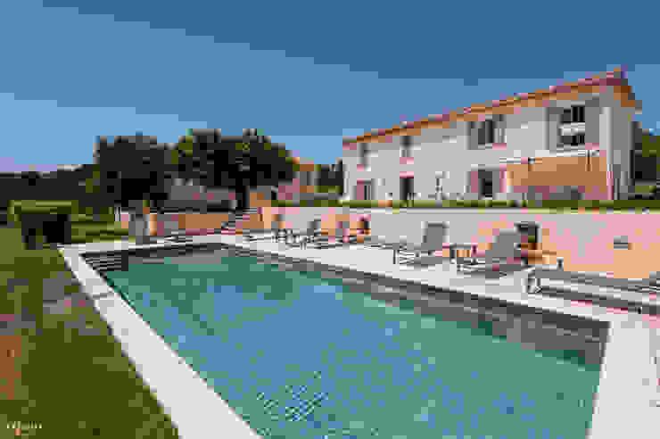 Villa contemporain Maisons originales par Pixcity Éclectique
