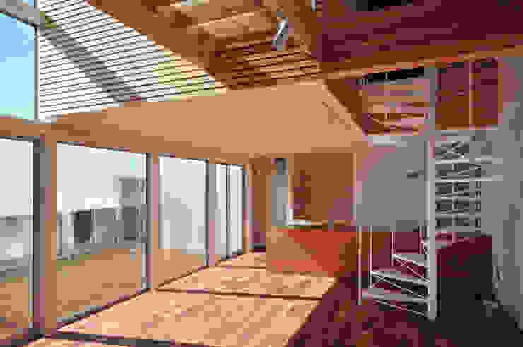 HOUSE-SMT モダンデザインの リビング の 島田博一建築設計室 モダン