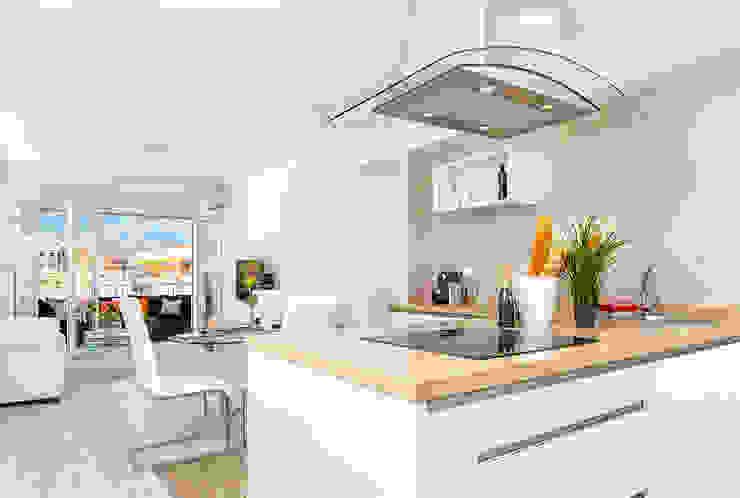 Cocina y salón Salas de estilo moderno de Espacios y Luz Fotografía Moderno
