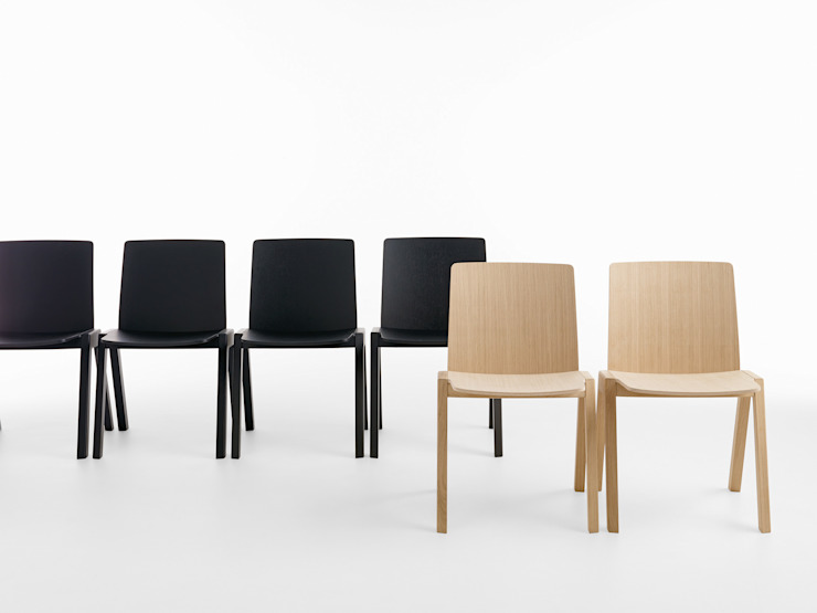 KIRA chair – design by Mario Ferrarini Oleh Crassevig
