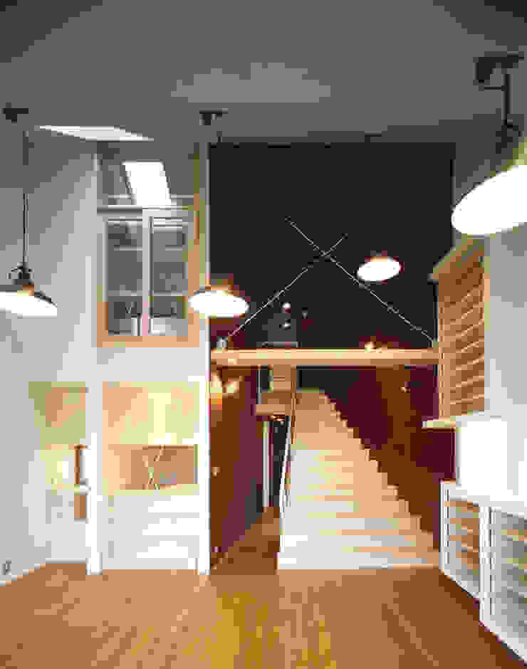 ADE モダンな 家 の 片岡重男建築研究所 Kataoka Shigeo Architects モダン