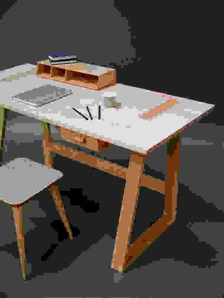 Frame Desk par Barnby & Day Moderne