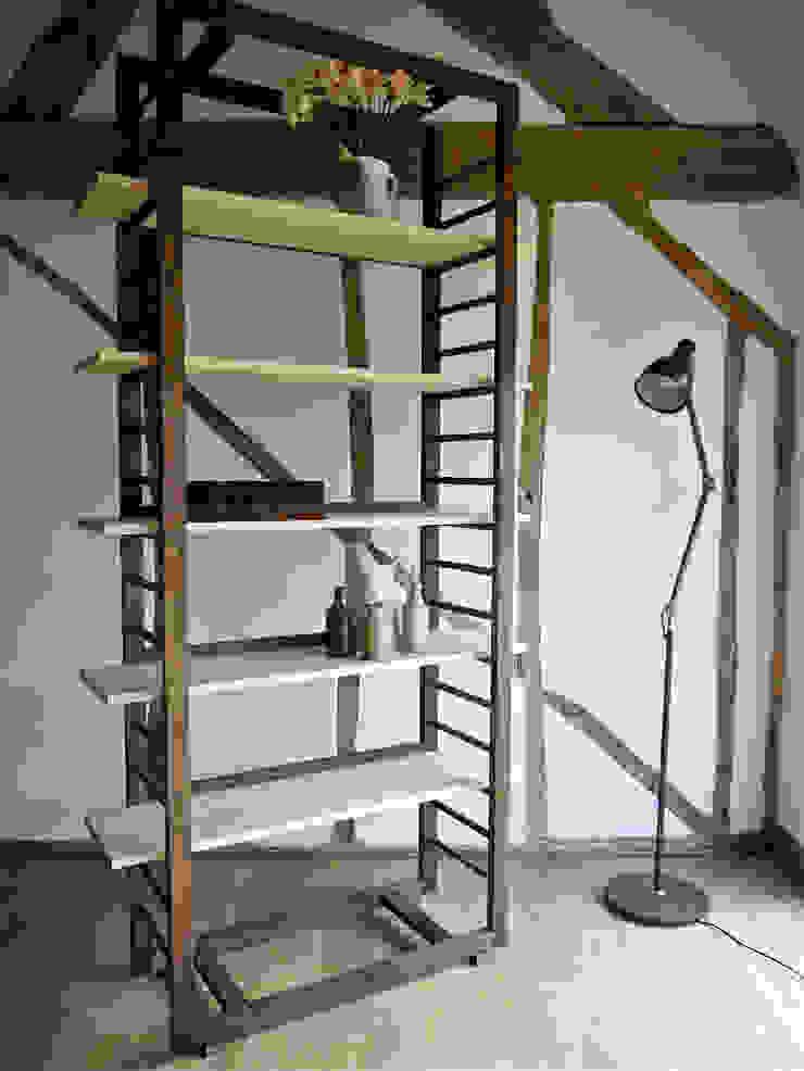 Ladder Shelving: modern  by Barnby & Day, Modern