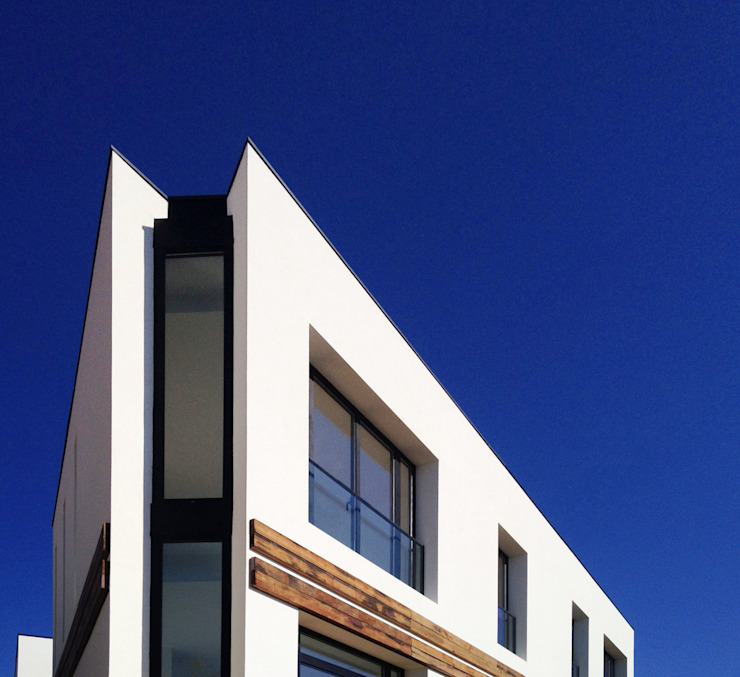 Mediterranean style house by 08023 Architects Mediterranean