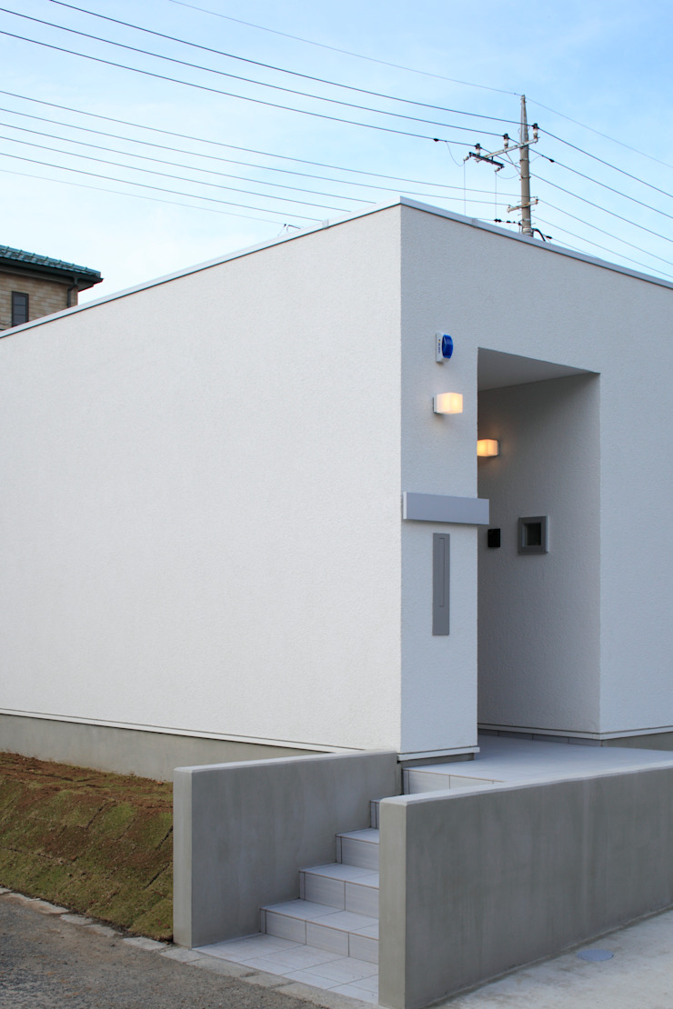 玄関 ミニマルな 家 の 石嶋寿和/石嶋設計室 ミニマル